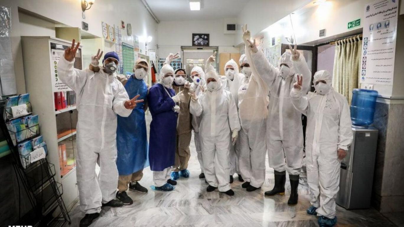 پزشکان ایرانی و کرونا ile ilgili görsel sonucu